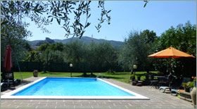 A view of the pool of Villa Casa Renata